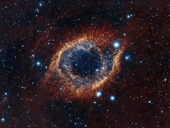 Si tratta di una galassia o di un occhio cosmico che ci guarda?