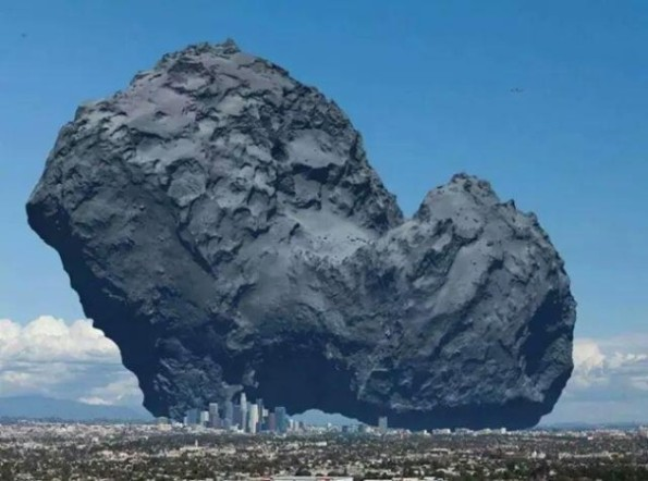 Confronto ideale tra la cometa e un centro abitato terrestre.